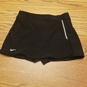 Tennis skirt. Never worn.